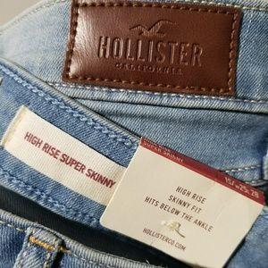 NWT Hollister high rise super skinny jean